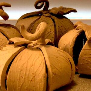 Handbuilding with Clay Class – Pumpkin